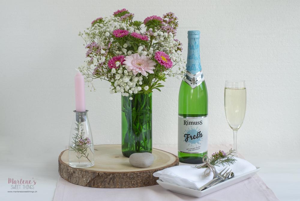 Blumenvasen Aus Geschnittenen Flaschen Basteln Mit Rimuss